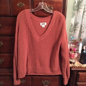 VS PINK sweater ✨